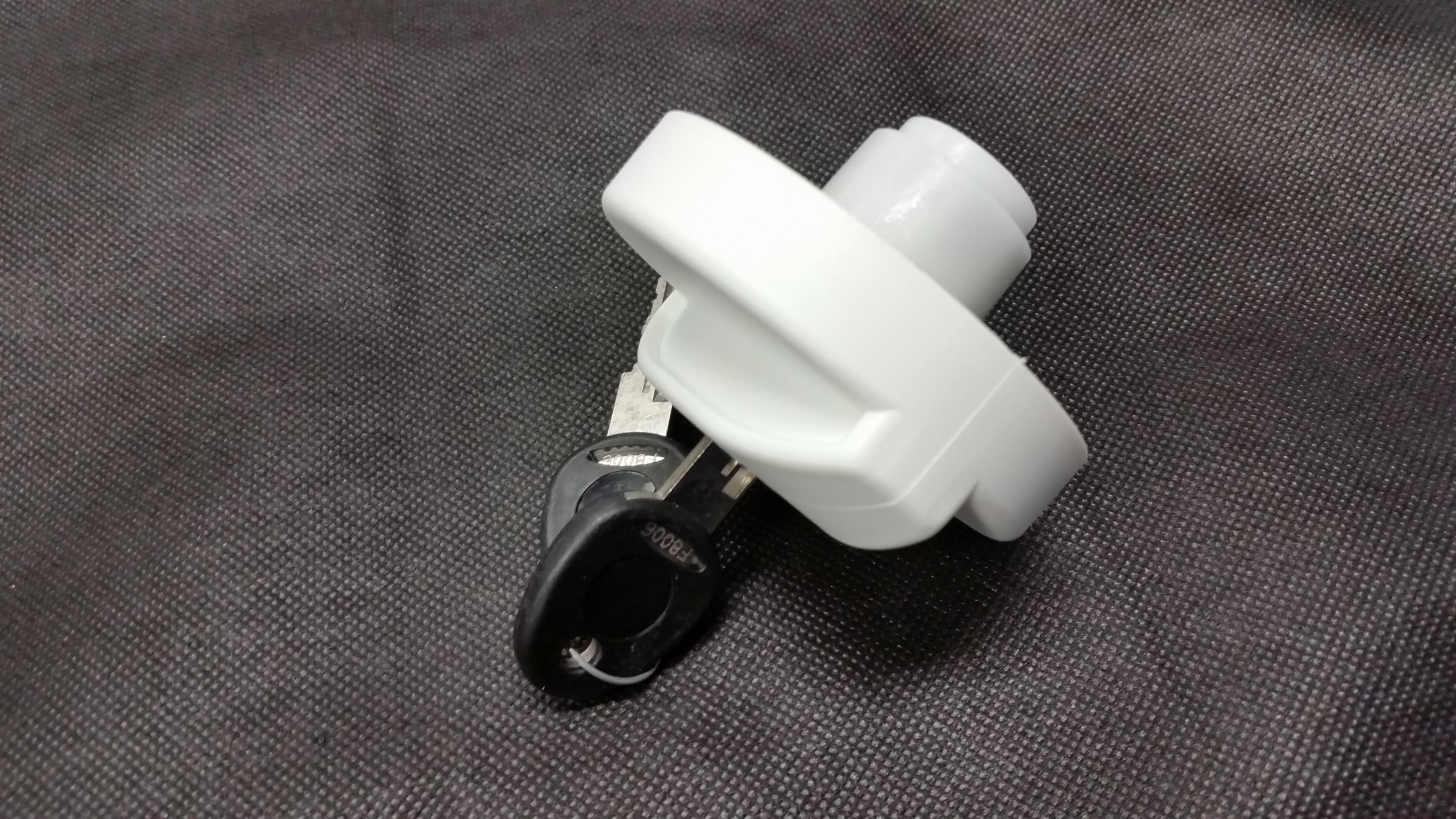 Water filler - Coast Cap & Key White