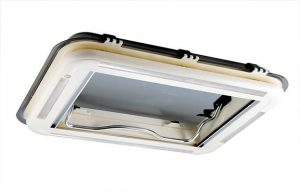 Skylight c/w ventilation 450mm x 400mm